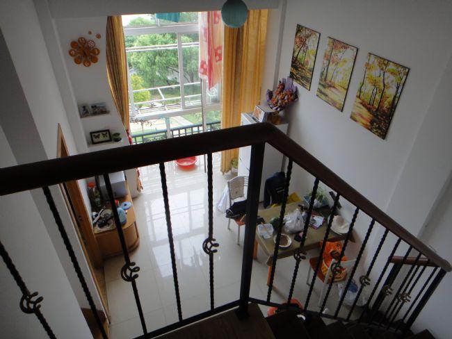 龙柏家苑复式单身公寓出租,小区最南幢,采光好图片